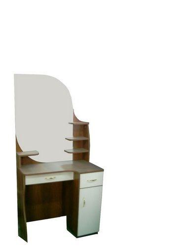 Трельяжи, туалетные столики